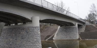 Tilta rekonstrukcija pār Abavu